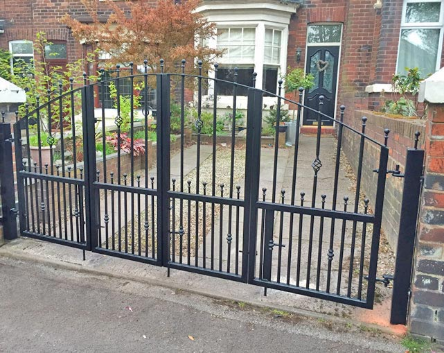 Metal Gates in Stoke on Trent